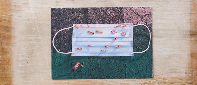 Badekult Postkarte Gartebad Maske Baden