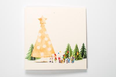 Weihnachtskarte mit kleinen Figuren